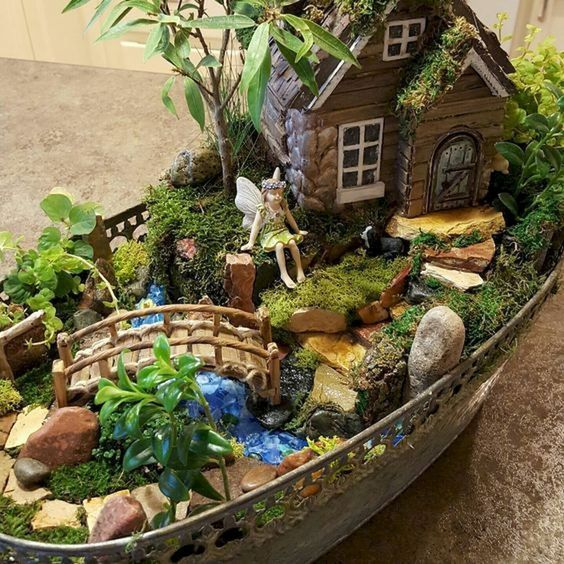 20 Beautiful Fairy Garden Design Ideas (14)